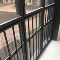 Изготовление, доставка и монтаж ограждений витражей, балконов (ЖК «Светлый Мир Внутри»)