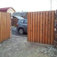 Забор из дерева - изготовление и установка в СПб и Ленинградской области