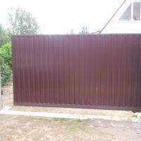 Откатные ворота - изготовление и установка в СПб и Ленинградской области