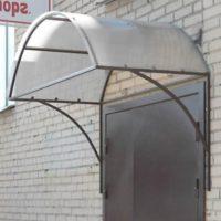 Производство и установка козырьков, навесов в СПб