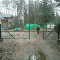 Распашные ворота - изготовление и установка в СПб и Ленинградской области