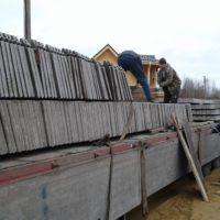 Установка бетонного забора и откатных ворот