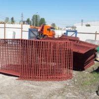 Поставка строительного переносного временного ограждения СПО-1600, ИСО-2 с усиленными опорами.