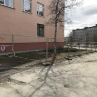 Поставка мобильного строительного оцинкованного ограждения на бетонных блоках (г. Апатиты, Мурманская область).
