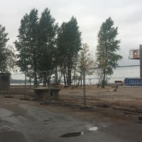 Поставка комплекта строительного оцинкованного мобильного ограждения на бетонных блоках.