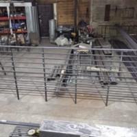 Производство и монтаж металлического ограждения террасы.